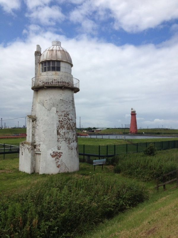 Killingholm South Low and High Lighthouses