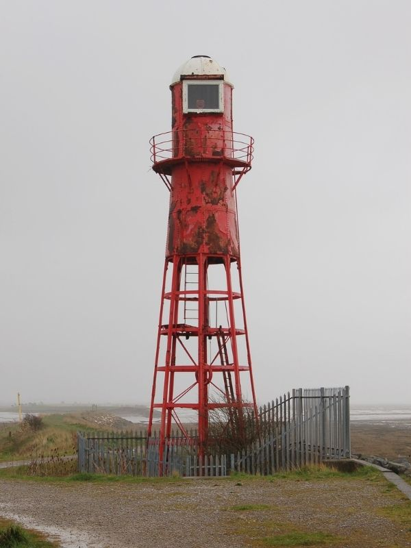 Thorngumbald Clough High Lighthouse