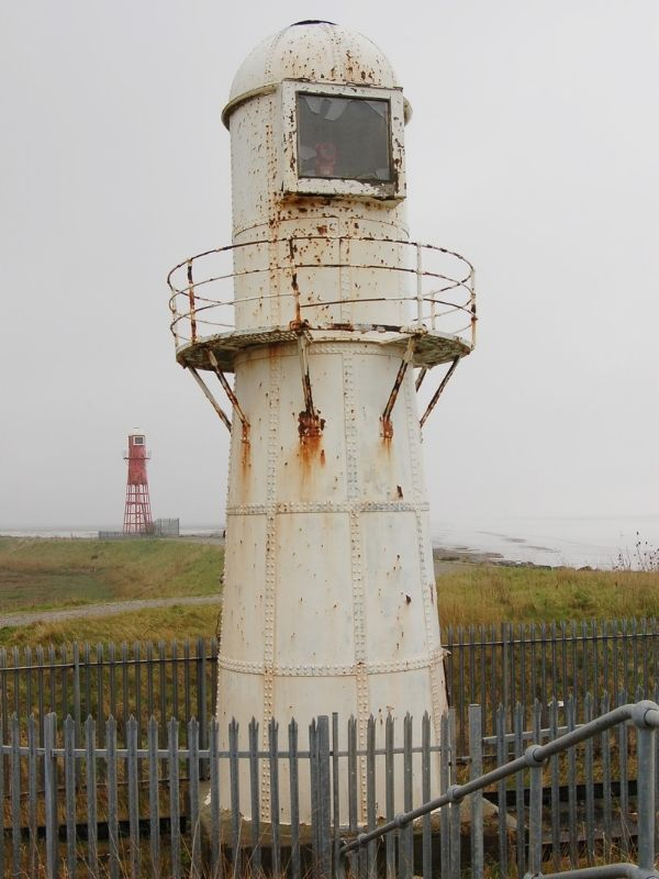 Thorngumbald Clough Low Lighthouse